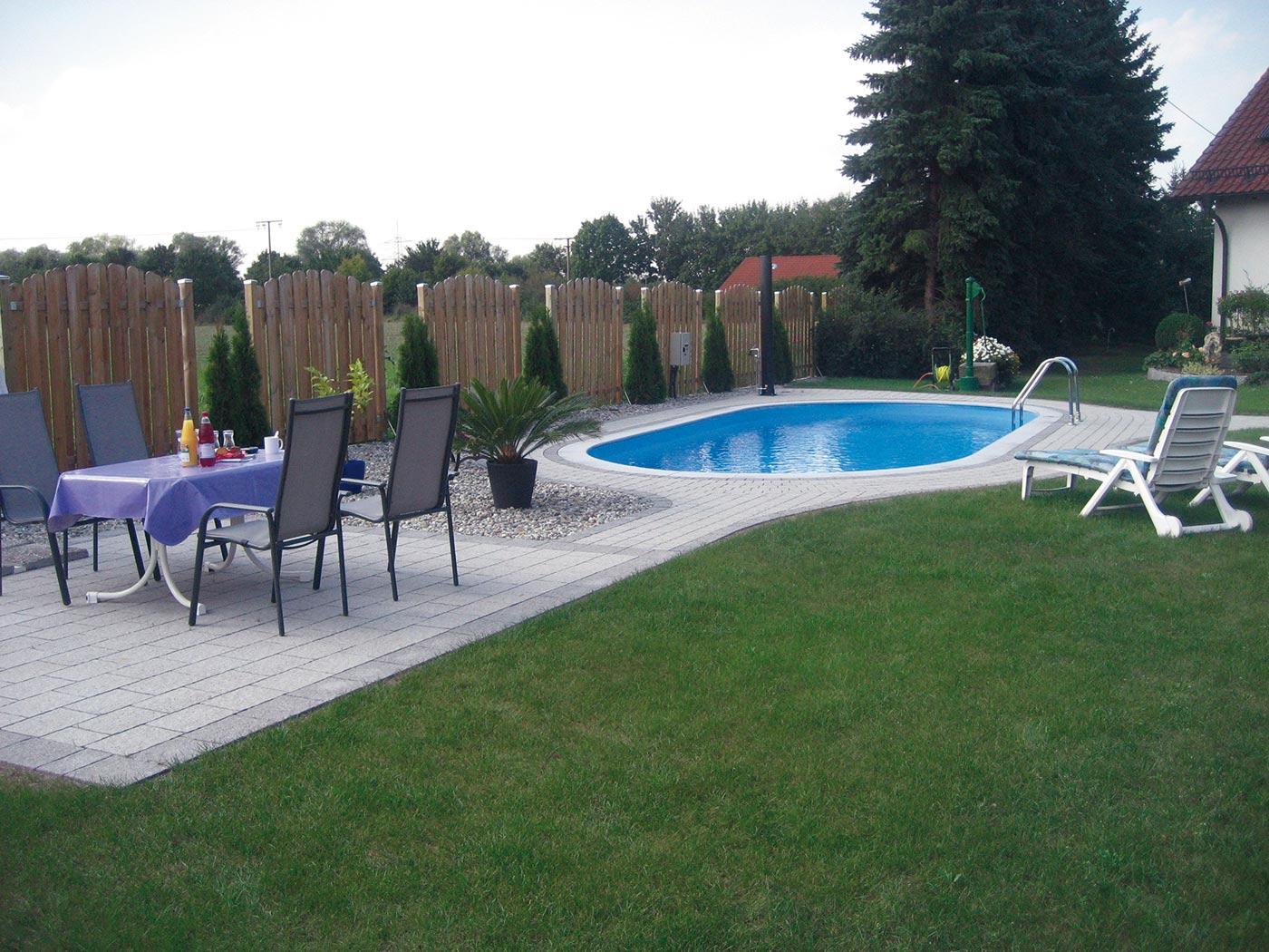 Oval pool selber bauen poolbau youtube swimmingpool for Gartenpool 3m