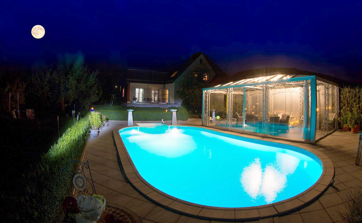 poolbeleuchtung pool beleuchtung f r pools als poolzubeh r f r ihren pool mit led technik. Black Bedroom Furniture Sets. Home Design Ideas