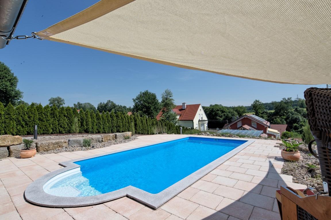 Pools und schwimmbecken von ab in den - Rechteckiger pool ...