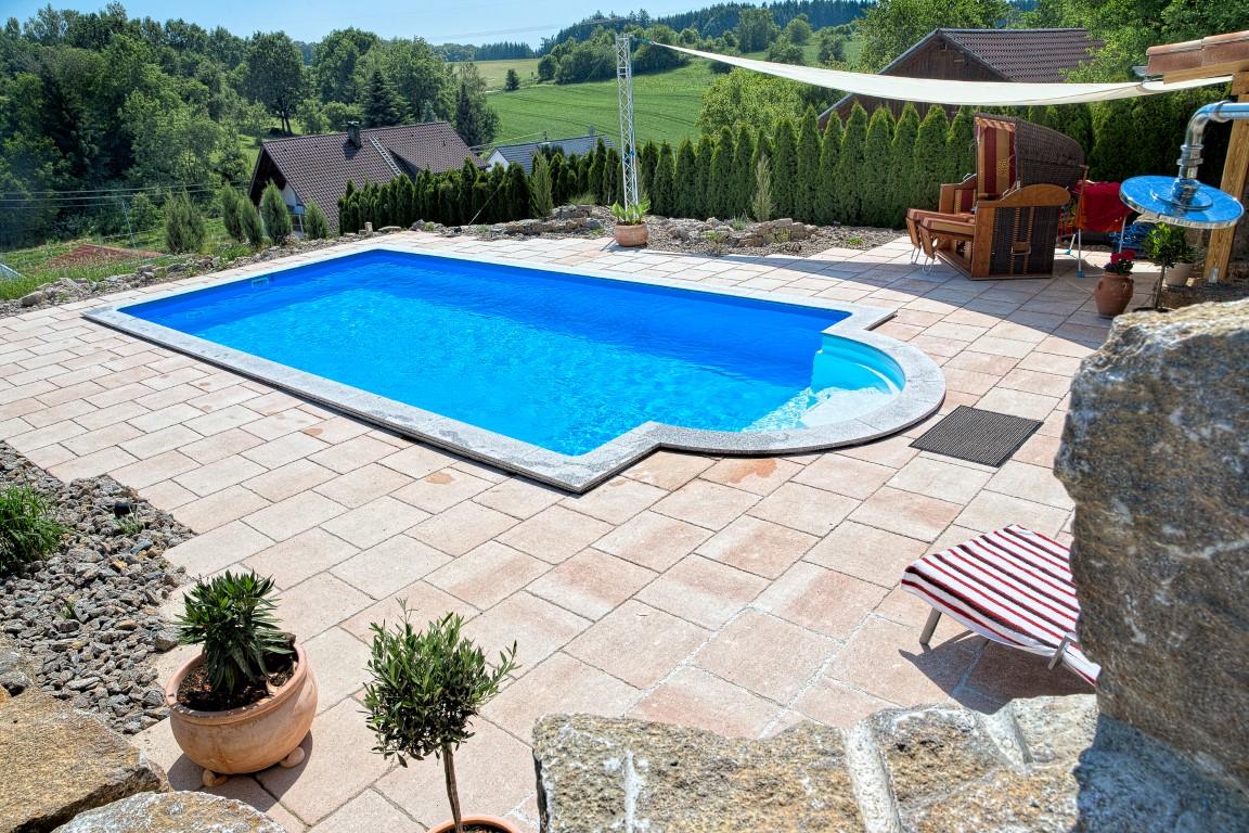 pools und poolabdeckungen vom experten aus ried. Black Bedroom Furniture Sets. Home Design Ideas