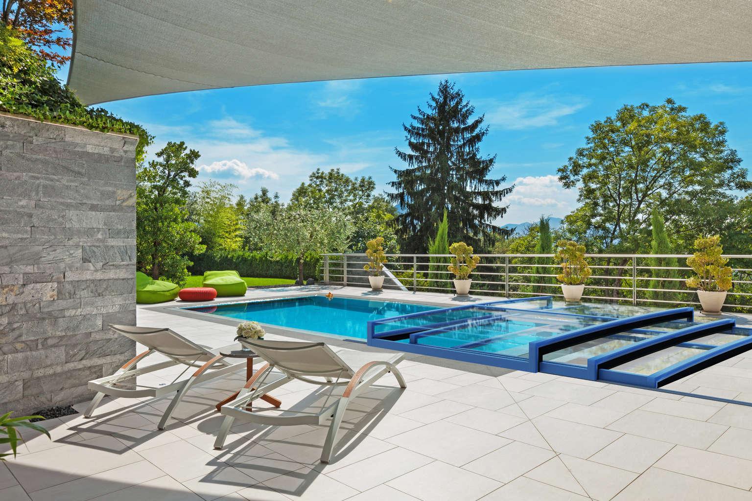 Poolüberdachung fest und fahrbar: Schwimmbadüberdachung